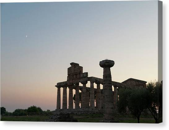 Ancient Greek Temple In Paestum, Italy Canvas Print