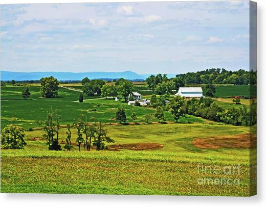 Canvas Print featuring the photograph Antietam Battlefield And Mumma Farm by Patti Whitten
