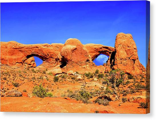 Arches Moon Eye Canvas Print