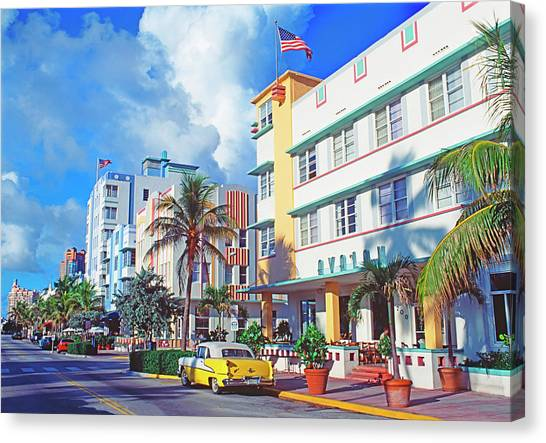 Art Deco Buildings On Ocean Drive Canvas Print