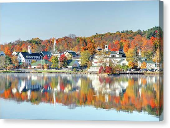 Autumn On Lake Winnipesaukee Canvas Print