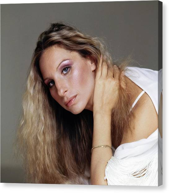 Barbra Streisand In Purple Eyeshadow Canvas Print by Francesco Scavullo