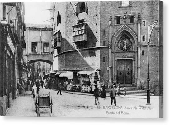 Barcelona Street Scene Canvas Print by Hulton Archive