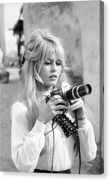 Bardot During Viva Maria Shoot Canvas Print