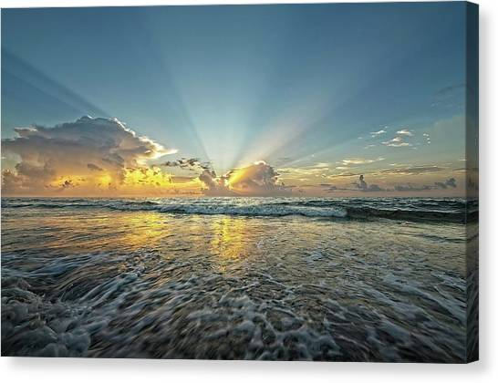 Beams Of Morning Light 2 Canvas Print