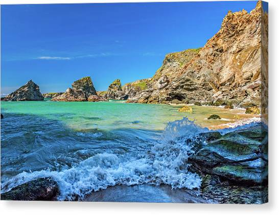 Bedruthan Steps, Cornwall Canvas Print by David Ross