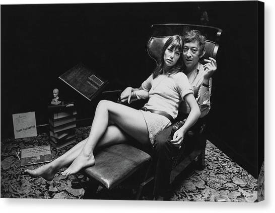 Birkin And Gainsbourg Canvas Print by Reg Lancaster
