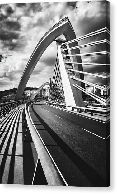 Black And White Version Of The Millennium Bridge Canvas Print