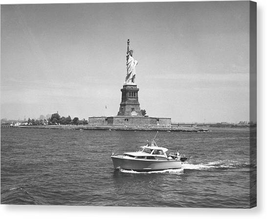 Boat Floating By Statue Of Liberty, New Canvas Print