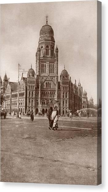 Bombay Municipal Hall Canvas Print by Hulton Archive