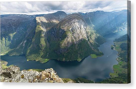 Canvas Print featuring the photograph Breiskrednosie, Norway by Andreas Levi