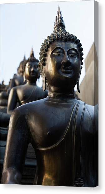 Buddha Statues In Gangaramaya Temple Canvas Print