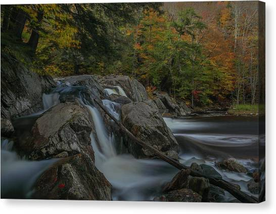 Canvas Print featuring the photograph Buttermilk Falls by Juergen Roth