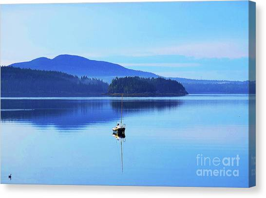 Canvas Print featuring the photograph Calm Morning Cove by Patti Whitten
