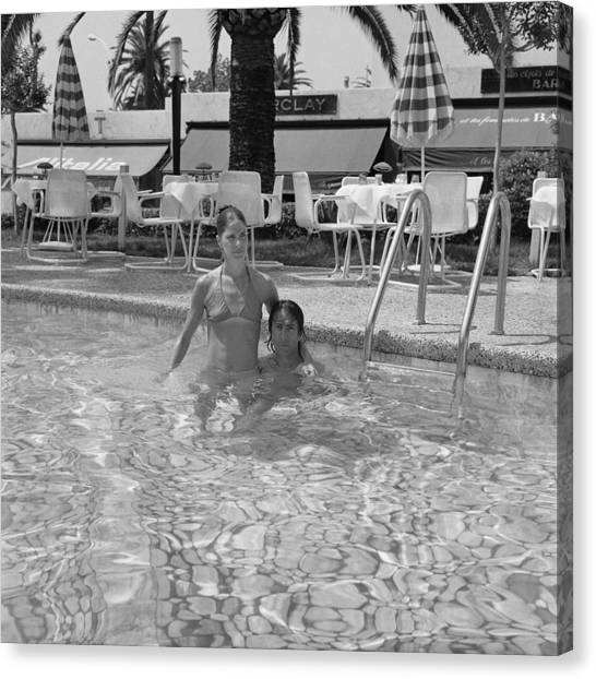 Cannes Film Festival In 1975 Canvas Print