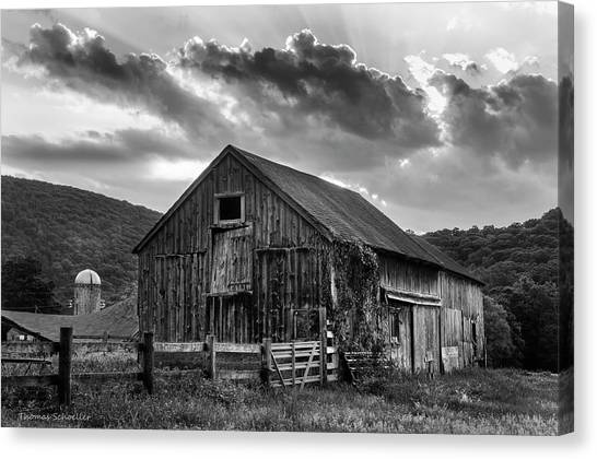 Casey's Barn - Monochrome Canvas Print