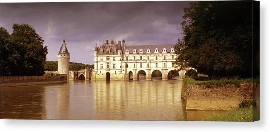 Chenonceau Castle Canvas Print - Chenonceaux by Images Etc Ltd