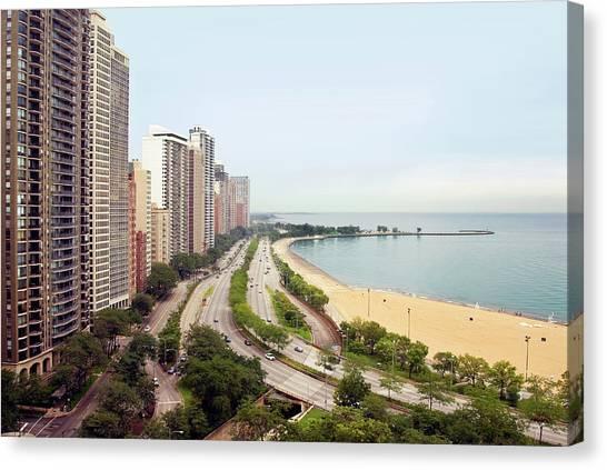 Chicagos Gold Coast And Lake Shore Canvas Print