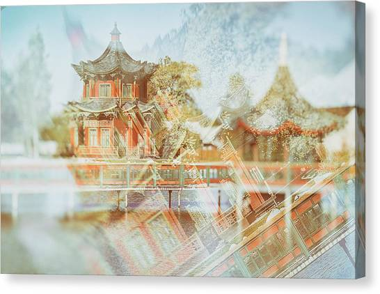 Chinese Reflections. Brech, 2018. Canvas Print