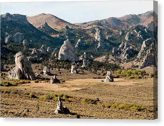 Circle Creek Basin In City Of Rocks Canvas Print by William Mullins