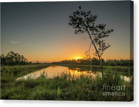 Canvas Print featuring the photograph Cloudless Hungryland Sunrise by Tom Claud