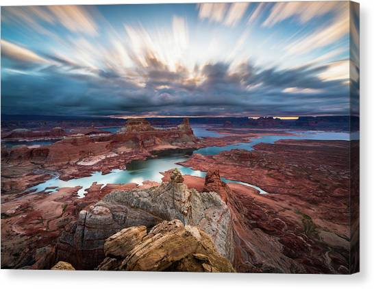 Cloudy Morning At Lake Powell Canvas Print