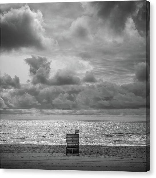 Canvas Print featuring the photograph Cloudy Morning Rough Waves by Steve Stanger