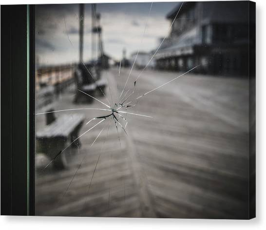 Canvas Print featuring the photograph Crack by Steve Stanger