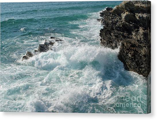 Crushing Waves In Porto Covo Canvas Print