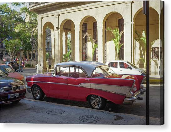Cuban Chevy Bel Air Canvas Print