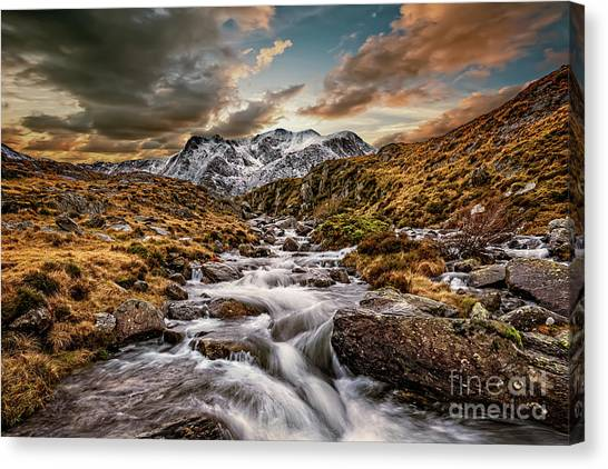 Canvas Print - Cwm Idwal Snowdonia Sunset by Adrian Evans