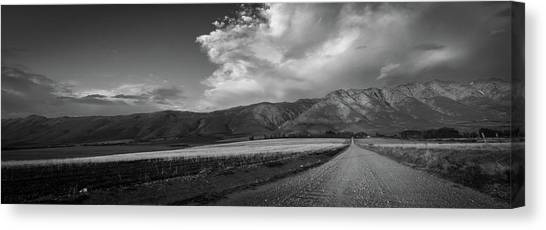 D0557 - Tulbagh Landscape Canvas Print