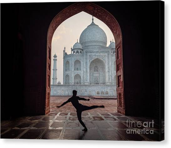 Dancer At The Taj Canvas Print