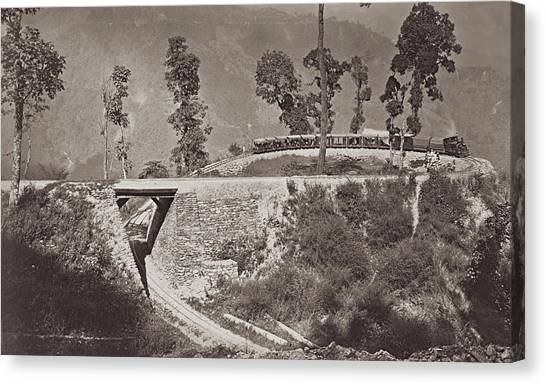 Darjeeling Train Canvas Print by Hulton Archive