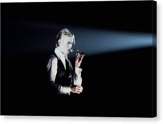 David Bowie In Detroit Canvas Print by Donaldson Collection