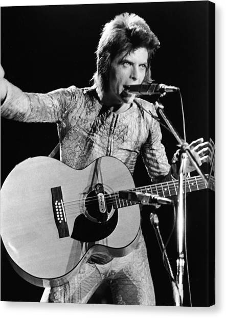 David Bowie Performing As Ziggy Stardust Canvas Print