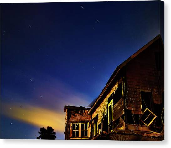 Decaying House In The Moonlight Canvas Print