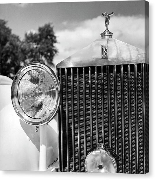 Detail Of A 1930 Rolls Royce Mulliner Canvas Print