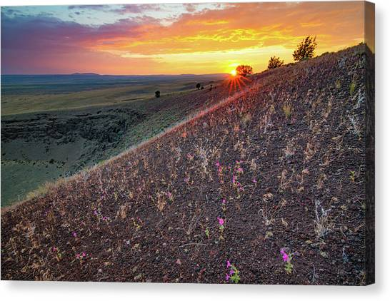 Diamond Craters Sunset Canvas Print by Leland D Howard