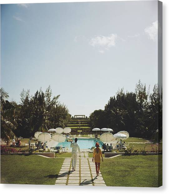 Dining In The Bahamas Canvas Print by Slim Aarons