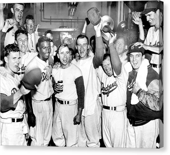 Dodgers Celebrate In The Clubhouse Canvas Print by New York Daily News Archive