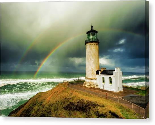 Double Rainbow At North Head Lighthouse Canvas Print
