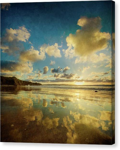 St Ives Canvas Print - Dreaming Of St Ives Bay by S0ulsurfing - Jason Swain