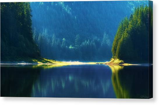 Canvas Print featuring the photograph Dreamlike Focus Of Merrill Lake by Dee Browning