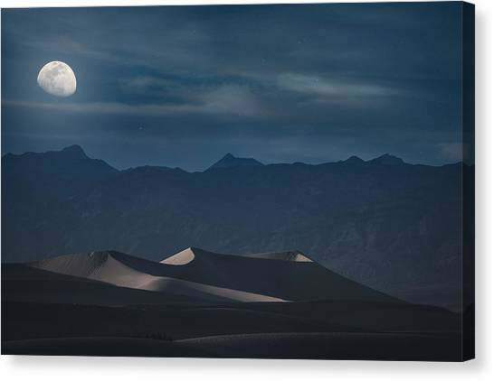 Dunes Of The Death Valley Canvas Print