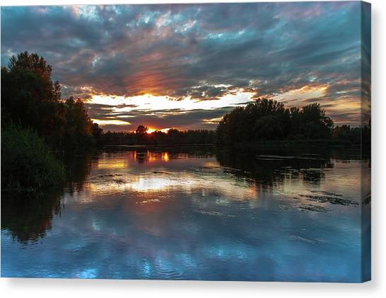 Canvas Print featuring the photograph Dusk Aquarelle by Davor Zerjav
