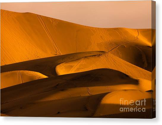 Death Valley Canvas Print - Eureka Dunes Area, Death Valley by A.f.smith