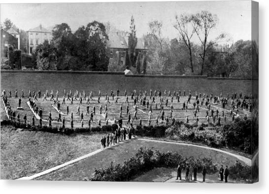 Exercising Prisoners Canvas Print by Hulton Archive