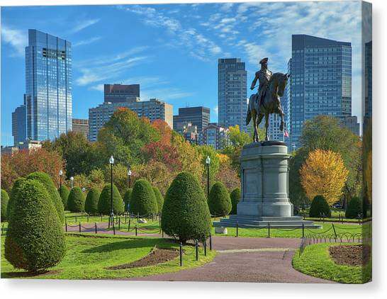Canvas Print featuring the photograph Fall Foliage Colors At The Boston Public Garden by Juergen Roth