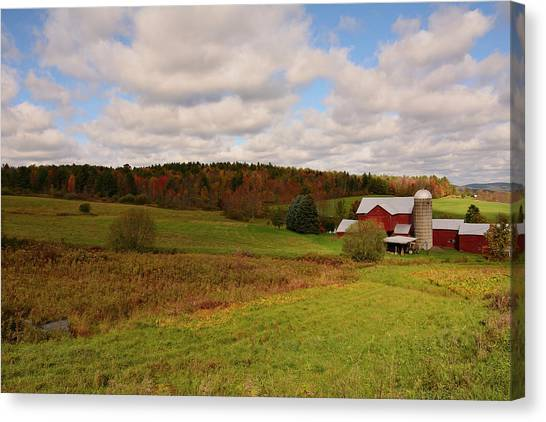 Canvas Print featuring the photograph Farmland In Autumn by Angie Tirado